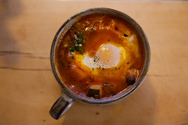 baked eggs with lentils (1 of 1)
